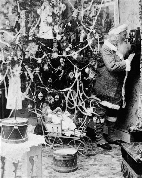 antique-santa-claus-telephone-call-1897-photo-print-4
