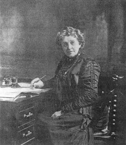 Josephine_Garis_CochranIn 1886 Josephine Cochrane (1839-1913), a woman from Shelbyville, Illinois made the first practical mechanical dishwasher.