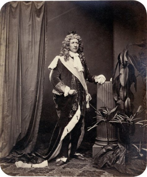 Portraits of participants of the 'MÄrchenball' von Jung-München in costume. 1862.4
