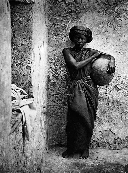 Slave_woman_in_Mogadishu1881-1882Arbslavetrade