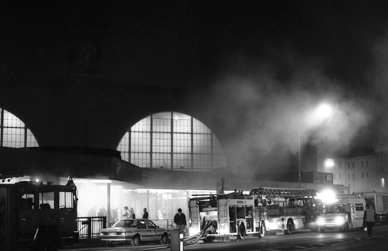 On this day the king s cross fire in 1987 in times gone by - Kings cross ticket office opening times ...