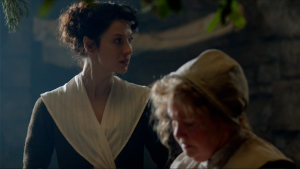 Claire and Mrs Fitz Outlander 1x03 - Copy
