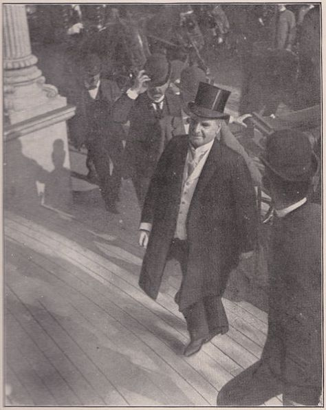 The last photograph of the late President McKinley. Taken as he was ascending the steps of the Temple of Music, September 6, 1901.