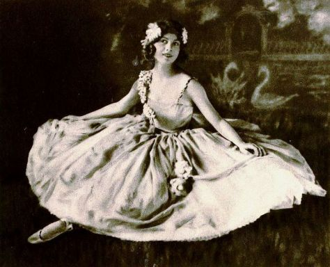 Ballet Dancer Anna Ludmilla on page 21 of the December 1922 Shadowland.
