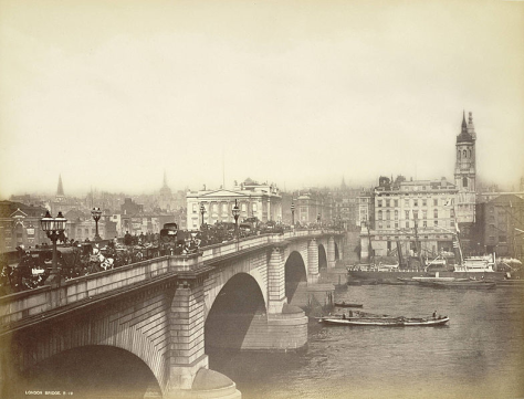 John Rennie's 19th-century London Bridge. Albumen print 8 1.2 × 11 1.4 in. (21.59 × 28.575 cm). Transfer from the College of Architecture, Art and Planning.