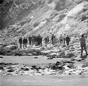 The search for Harold Holt, 17 December 1967.