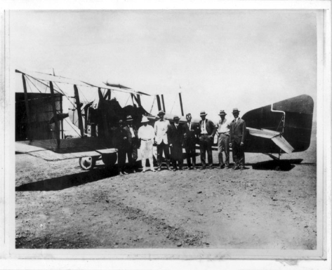 Arrival at Longreach of the Armstrong Whitworth FK8, with the first bag of air mail, on the inaugural flight of the first Qantas air service from Charleville to Cloncurry.22nd November 1922.