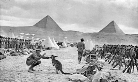 Australian_9th_and_10th_battalions_Egypt_December_1914_AWM_C02588_jpeg