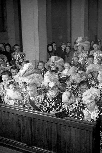 17th February 1952 London's Pearly Kings and Queens at a service for King George