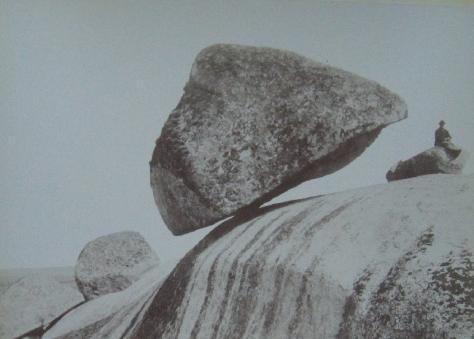 Piedra_Movediza_de_Tandil1890s