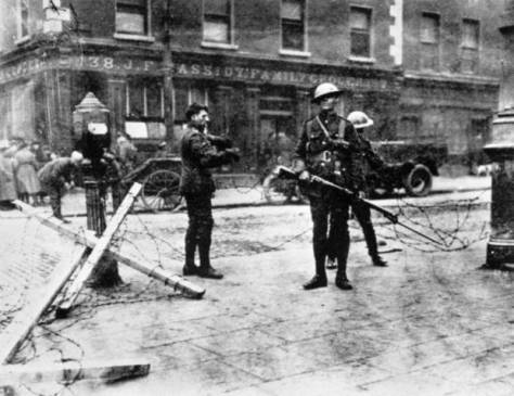 Easter-Rising-File photo dated 30-04-1916 of British troops at a road block outside Cassidy's Grocery during the Easter Rising in Dublin, 1916.