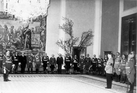 Bundesarchiv_Bild_183-1988-0202-503,_Hitlers_50__GeburtstagThe government of Nazi Germany congratulating Hitler at the Reichskanzlei in Berlin, 20th April 1939.