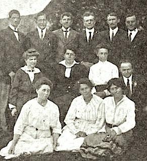 Hulda_Stumpf,_Africa_Inland_Mission_conference 1917