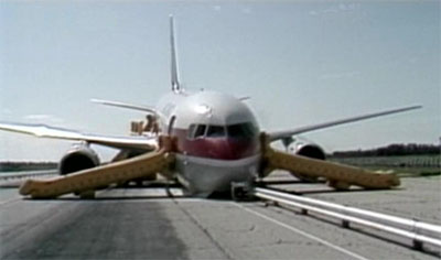 Flight 143 after landing at Gimli, Manitoba.