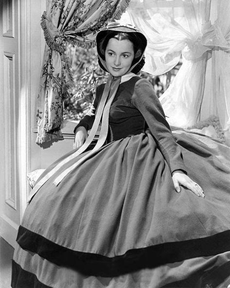 Olivia_de_Havilland_Publicity_Photo_for_Gone_with_the_Wind_1939Olivia de Havilland publicity photo for Gone with the Wind, 1939.