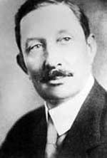 Caleb_Davis_BradhamPhotograph of Caleb Davis Bradham (1867-1934), inventor of Pepsi-Cola.
