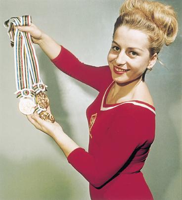 202833-img-vera-caslavska-olympiada-gymnastika