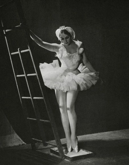born-in-austria-hungary-now-croatia-in-1916-world-famous-ballerina-mia-slavenska-died-on-the-5th-of-october-2002