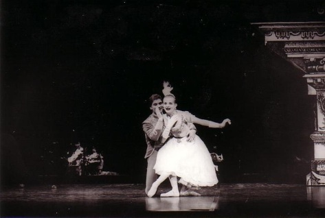 1992-david-kylie-robert-rays-cinderella-national-capital-dancers-canberra-august-1992-australian-ballet-anna-karenina-costumes