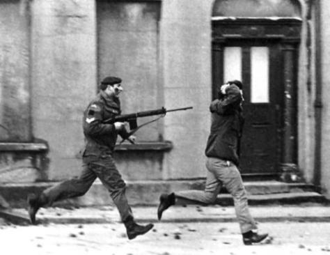 bloodysunday2-30th-january-1972-the-troubles-northern-ireland-british-troops