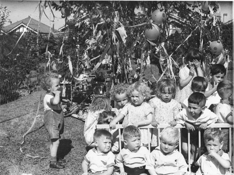 childrens_christmas_party_and_christmas_tree_st__anthonys_house_croydon_15_dec_1934_-_by_sam_hood_308087815115-december-1934-australia-australian-history-new-south-wales-vintage