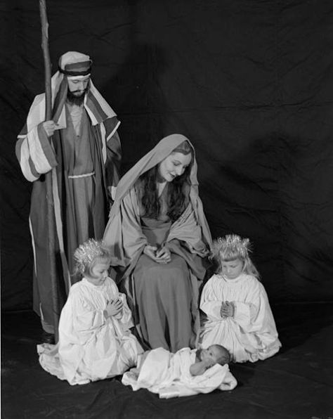 christmas-pageant-nativity-scene-in-virginia-usa-by-adolph-b-rice-studio-11th-december-1956