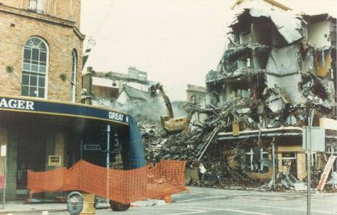 george-hotel-in-newcastle-just-after-the-earthquake-on-the-day-of-its-demolition-as-a-result-of-earthquake-damage