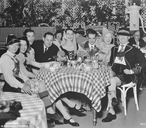 halloween-in-hollywood-1934-a-tyrolean-themed-party-thrown-by-marion-davies-second-from-right-other-celebrities-in-the-picture-include-eileen-percy-left-howard-hughes-third-from-right-and-pro
