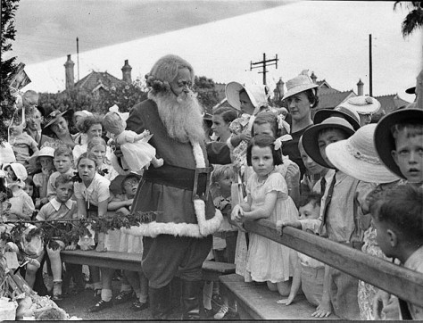 norland_nursing_home_christmas_tree_16-12-1939_-_by_sam_hood_3081735358norland-nursing-home-christmas-tree-16-12-1939-by-sam-hood-australia-australian-history-nsw