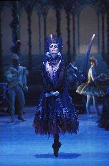 ulrike-lytton-as-carabosse-in-the-australian-ballets-sleeping-beauty-december-1984-lytton-committed-suicide-soon-after-retiring-from-dance