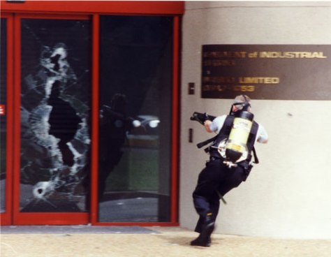 Jolimont_Centre_siege_1993In what was believed to be a revenge attack on his estranged wife