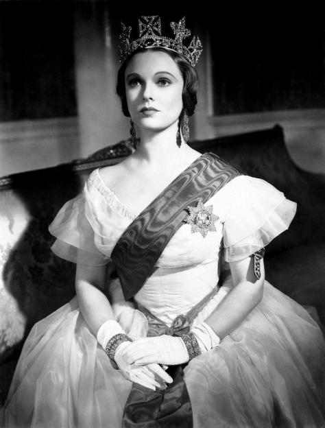 victoria-the-great-anna-neagle-1937-everett1930s-movies-photograph-victoria-the-great-anna-neagle-1937-by-everett