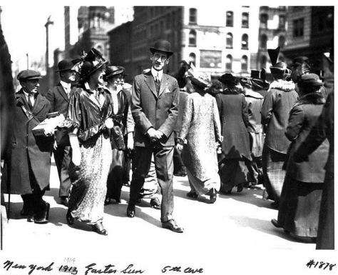 Easter_parade_1914 Easter Parade, New York 1914.