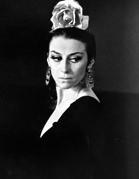 Maya_Plisetskaya_-_1974Plisetskaya performing in Carmen (1974)