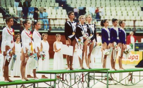 Alexandra Timochenko (Ukraine), Oksana Kostina and Oksana Oxana Skaldina (Ukraine) (URSS) 1991 World Rhythmic Gymnastics Champions