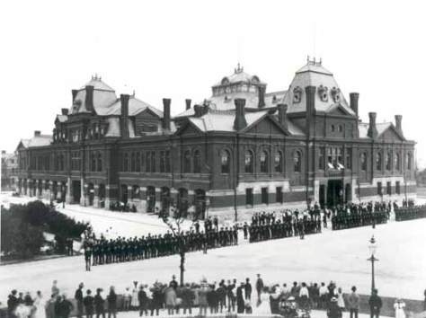 Pullman_strikers_outside_Arcade_Building Chicago The Pullman Strike was a nationwide railroad strike in the United States on May 11, 1894.