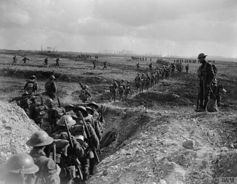 Battle of the Canal du Nord. Infantry supports going forward, 4th Canadian Division, 27th September 1918. First World War World War One