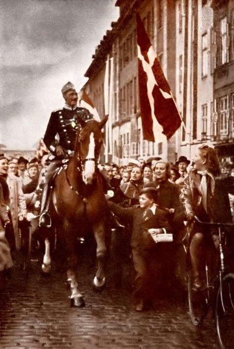 King Christian X riding through Copenhagen on his 70th birthday, 26 September 1940. The picture was taken during the German occupation of Denmark.