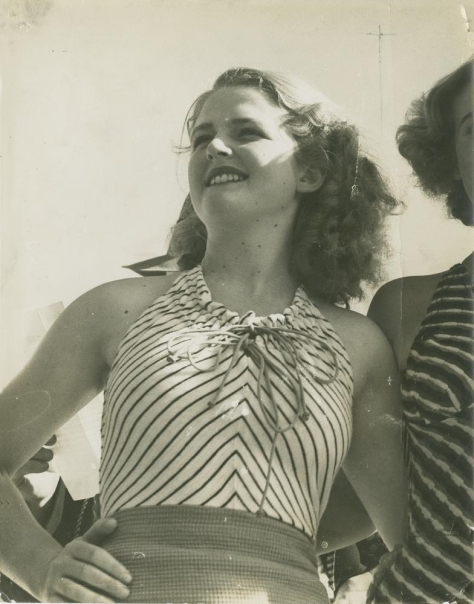 Winner_of_the_Sirens_of_the_Surf_competition,_Miss_Bonnie_Orchard,_Gold_Coast,_1936_(4903167283)Winner of the Sirens of the Surf competition, Miss Bonnie Orchard, Gold Coast, 1936. Queen