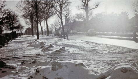 North_Finchley_High_Road_geograph-3384741-by-Ben-BrooksbankView southward at Kenver Avenue, near Tally-Ho Corner. That winter the snow in London lasted for two months. 14th February 1963