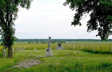 Kapuskasing_ON_3The Ukrainian cemetery at the Kapuskasing Internment Camp a concentration camp for mostly ethnic Ukrainians imprisoned to be used for slave labour during the First Wor