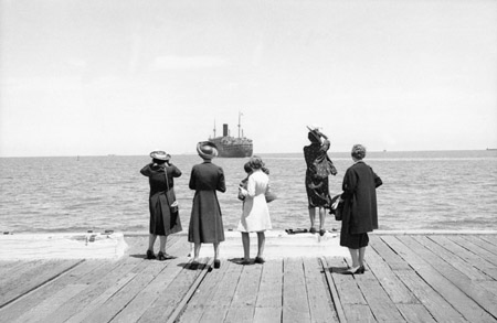 15 December 1939 Australian Women waving farewell to troop ship RMS Strathallan Advance Party of the 6th Division to service overseas. Include George Alan Vasey's wife Jessie Vasey. Vase