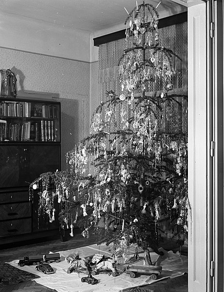 This Christmas tree image was taken in Hungary in 1940. In November of the same year the country had joined the Axis Powers, and remained both staunchly pro-German and fascist throughout