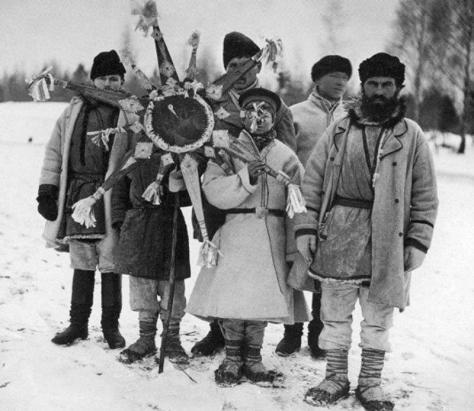 Калядоўшчыкi_Горацкага_павета_,_Магілёўская_губерня,_1903гKoliada in the Mogilev region of Belarus at Christmastime in 1903. X