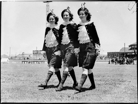 Highland Gathering, New Year's Day, Sydney Showground, 1 January 1937 - photographer Sam Hood (11656633936).jpg.